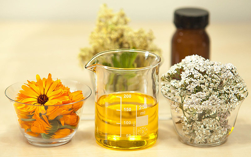 How To Use Jojoba Oil For Acne